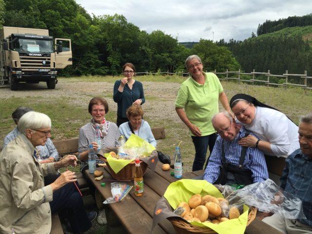 auf der Halde gab es ein Picknick für alle Gäste
